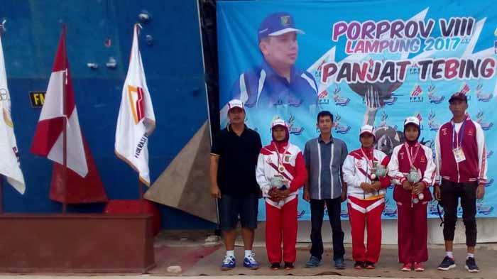 Juara Porprov Panjat Tebing