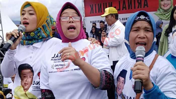 Arinal-Nunik Ajak Warga Lampung Barat Shalawat Bersama
