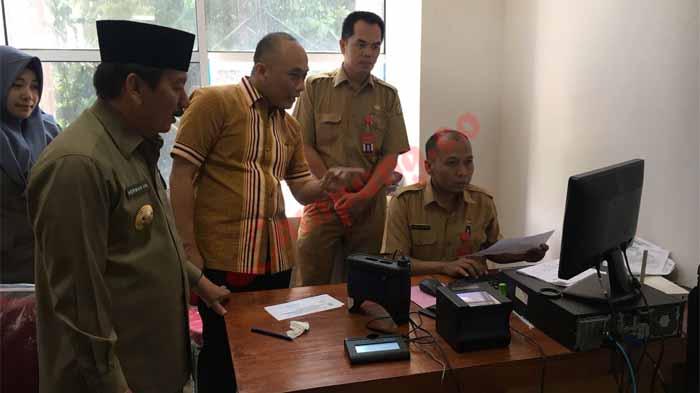 Dirjen Dukcapil Sidak di Pemkot Bandar Lampung