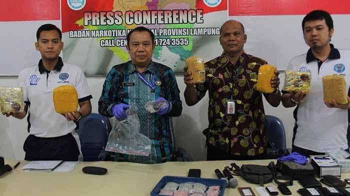 BNNP Lampung Musnahkan 3,26 Kg Sabu