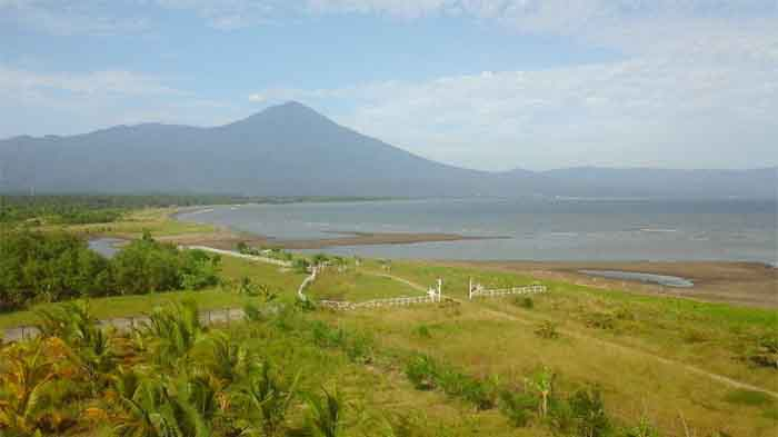 Pantai Sawmil Lampung