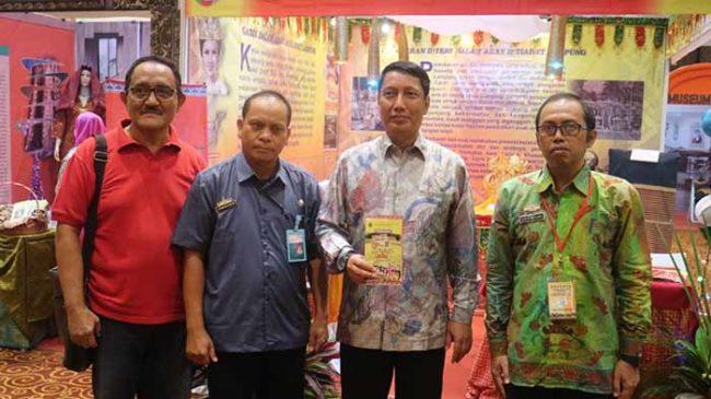 Kunjungi Anjungan Lampung di TMII Jakarta, Ini Harapan Pjs. Gubernur Didik