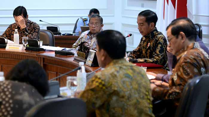 "Jokowi: Cawapres Saya Nama Depannya Pakai ""M"""