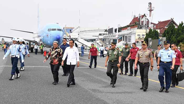 Bagikan 1.300 Sertifikat Tanah di Lampung, Jokowi Curhat Ihwal Tudingan Dirinya PKI