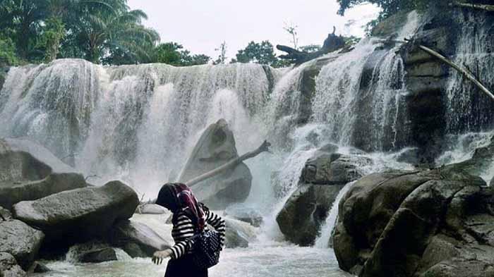 Air Terjun Pinang Indah