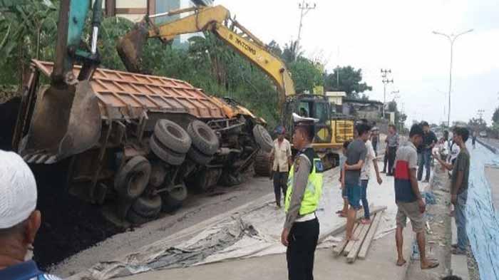 Tambal Sulam Perbaikan Jalan Lintas di Lampung Dikeluhkan