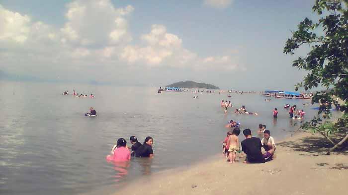 Pantai Queen Artha