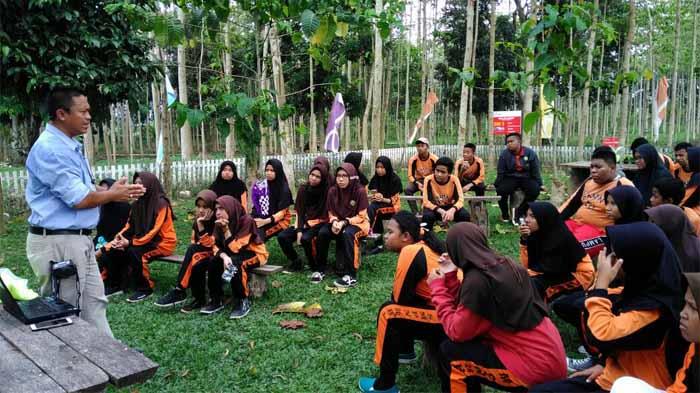 Siswa SMPN 26 Kunjungi Coca-Cola, Kenalkan Perusahaan di Lingkungan Sekolah