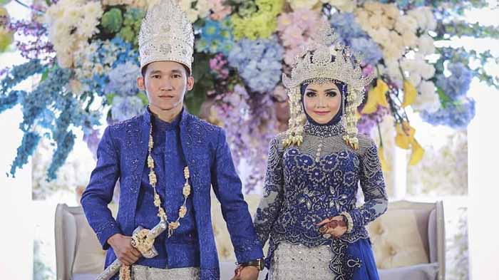 Baju Adat Lampung Modern