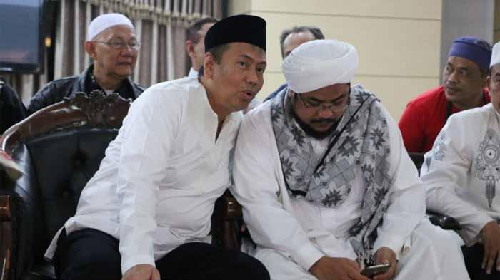 Pengacara Rizieq Shihab Maju Jadi Caleg Dari PDI Perjuangan?