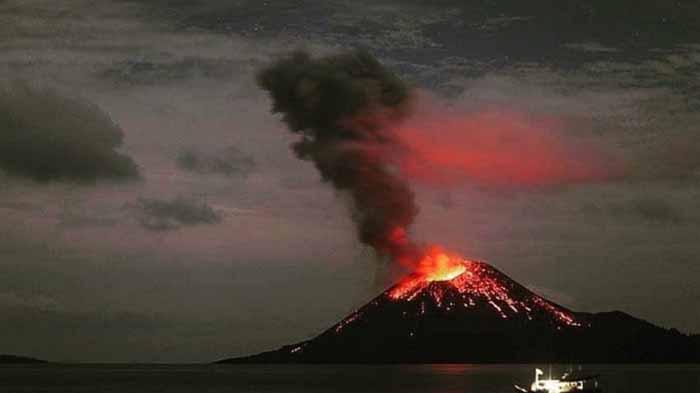 Gunung Anak Krakatau Kembali Meletus, Aktivitas Vulkanik Mengalami Peningkatan