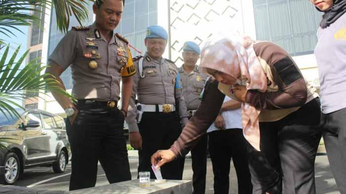 Wakapolresta Bandar Lampung Mendadak Tes Urine, Ini Hasilnya