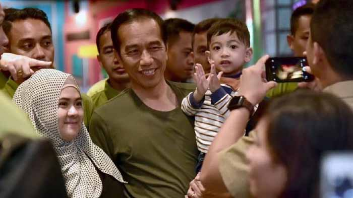 Survei SMRC: 18 Persen Responden Nilai Jokowi Diktator