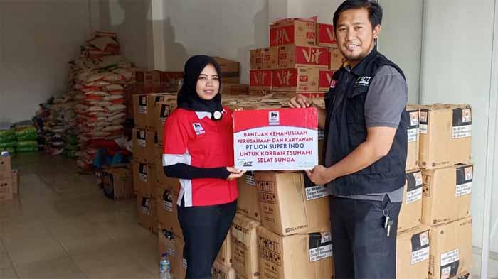 Super Indo Bantu Penyintas Tsunami Lampung Selatan