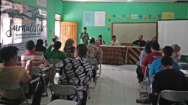 Kadis Kominfo Way Kanan: Tanggung Jawab Jurnalis Cukup Besar