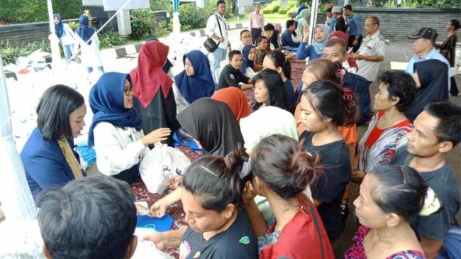 Bank Indonesia Bekerja Sama Dengan ACT Lampung Bagikan Sembako Murah