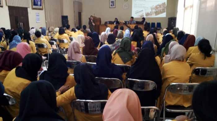 Kredit Pintar Edukasi Mahasiswa di Lampung Soal Fintech