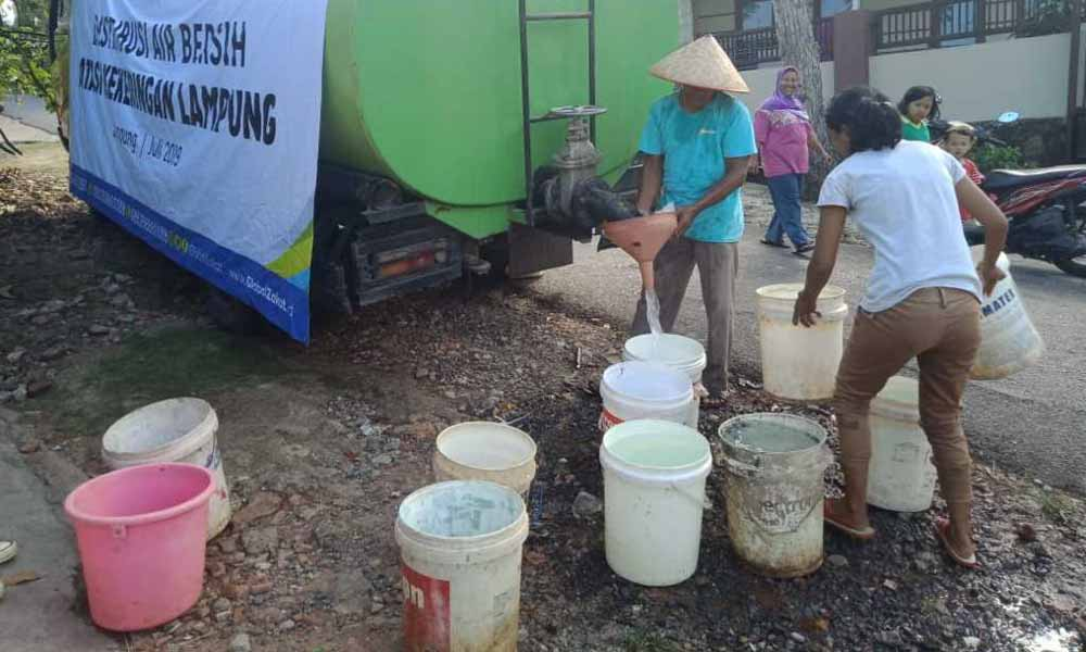 ACT Lampung Droping Air Bersih