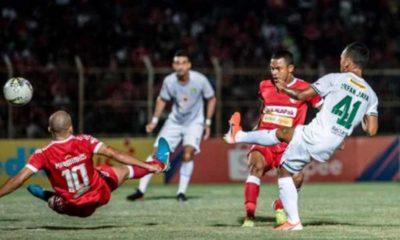 Badak Lampung vs Persebaya Surabaya