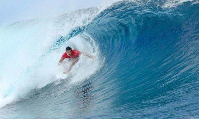 Surfing Pesisir Barat