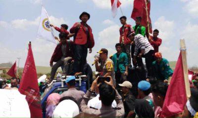Mahasiswa Demo di Pringsewu