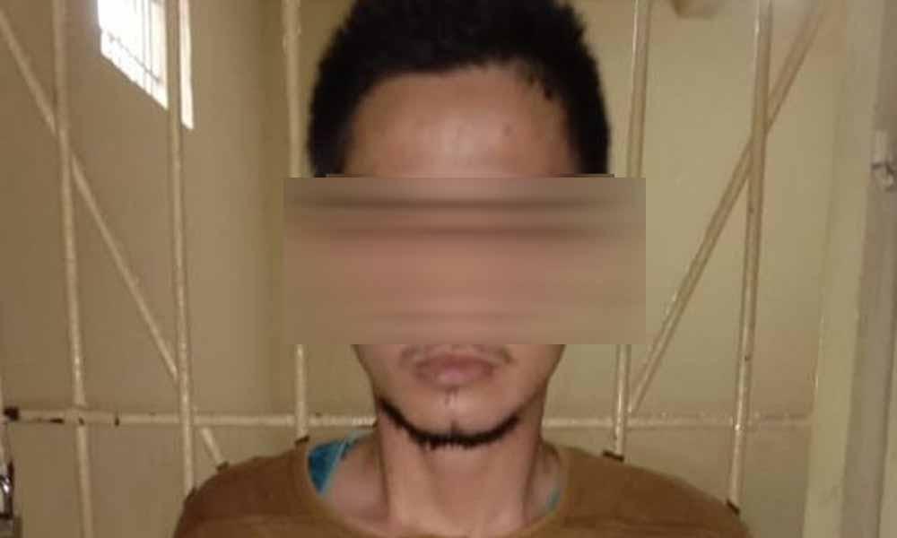Pencuri Kotak Amal Masjid