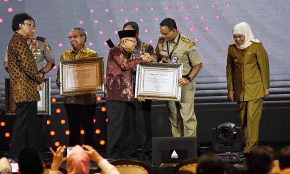 Anies Baswedan Raih Penghargaan